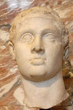 Ptolemy_XII_Auletes_Louvre_Ma3449